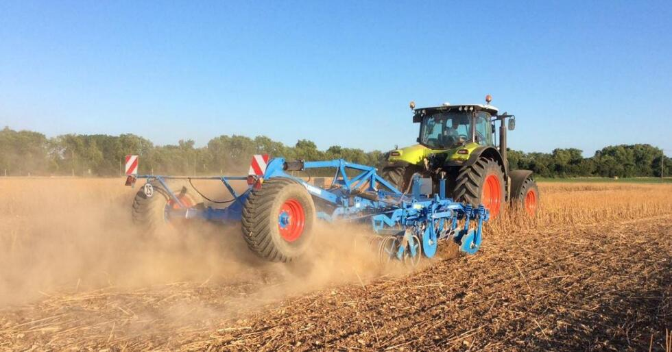 ba4ebea1 Nå endrer den situasjonen seg, for fra 1. oktober står hele det  landsdekkende forhandlernettet til Norwegian Agro Machinery klar ...